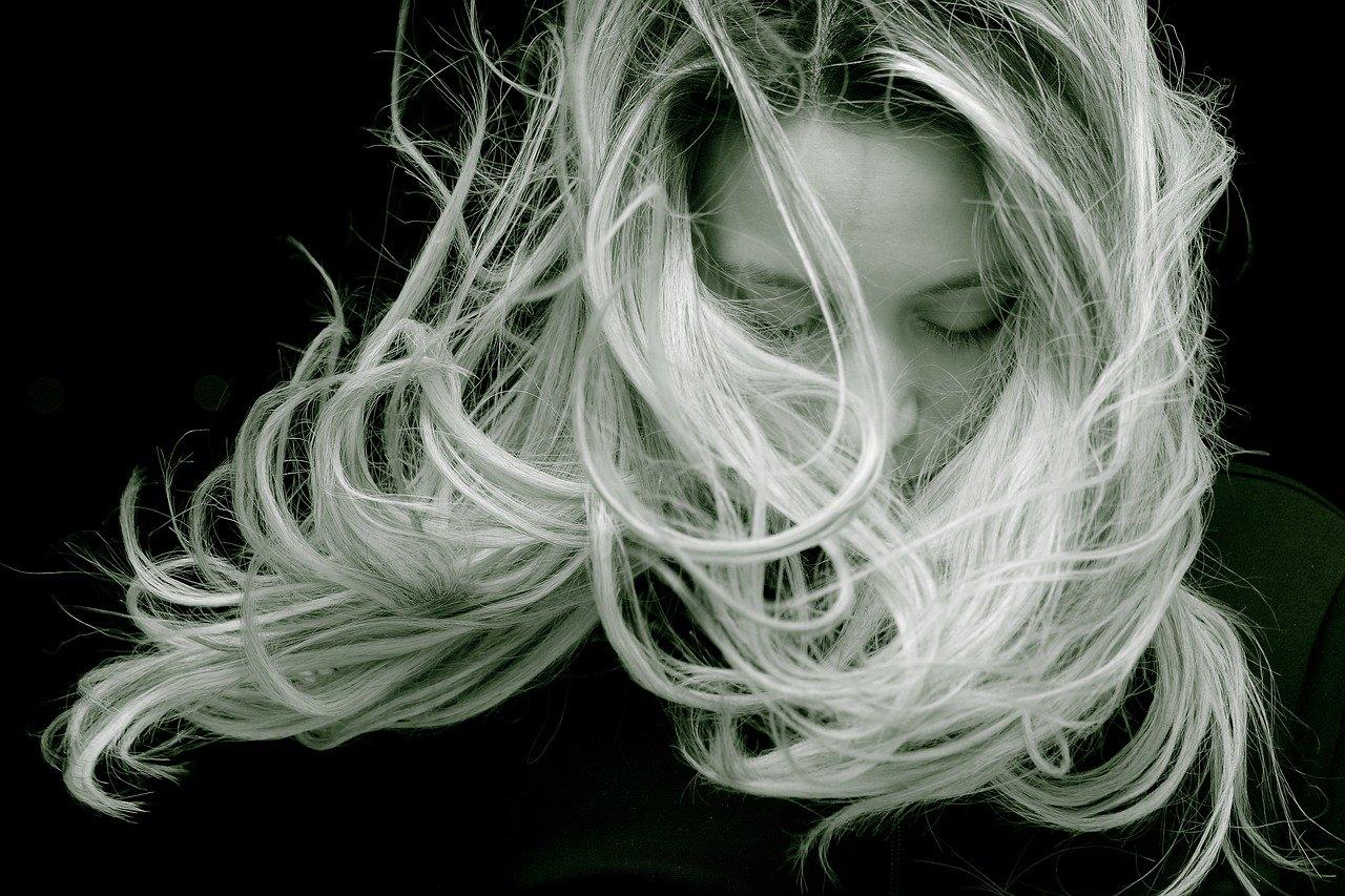 ¿Como combatir la caída del cabello?